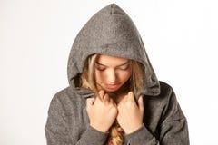 Ελκυστικό θηλυκό πρότυπο ικανότητας που απομονώνεται σε ένα άσπρο υπόβαθρο Στοκ Φωτογραφίες