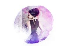 Ελκυστικό νέο πορτρέτο brunette στο ύφος watercolor, επεξεργασία φωτογραφιών κάτω από την εικόνα στοκ εικόνες