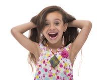 Ελκυστικό χαμογελώντας νέο κορίτσι με την όμορφη τρίχα Στοκ Εικόνα