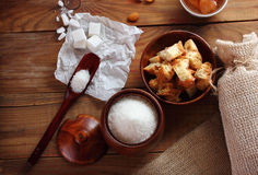 Ζάχαρη και κύβοι ζάχαρης Στοκ εικόνες με δικαίωμα ελεύθερης χρήσης