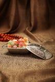 Ζάχαρη που τίθεται τουρκική με το lokum Στοκ φωτογραφία με δικαίωμα ελεύθερης χρήσης