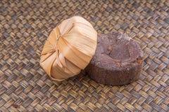 Ζάχαρη σφρίγους φοινικών στο ξηρό περιτύλιγμα ΙΙΙ φύλλων Στοκ Εικόνα