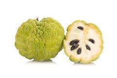 Ζάχαρη Apple & x28 μήλο κρέμας, Annona, sweetsop& x29  στο άσπρο backgroun Στοκ εικόνες με δικαίωμα ελεύθερης χρήσης