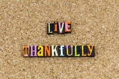 Ζήστε ευτυχώς δίνει τις ευχαριστίες στοκ φωτογραφίες