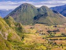 Ζαλίζοντας άποψη του ηφαιστείου Pululahua, Ισημερινός Στοκ Εικόνα