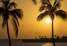 Ζαλίζοντας ηλιοβασίλεμα Arrecife σε Lanzarote Στοκ Εικόνες