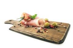 Ζαμπόν περιλαίμιων χοιρινού κρέατος Coppa Κρύες περικοπές στο ξύλο Στοκ εικόνα με δικαίωμα ελεύθερης χρήσης
