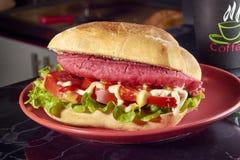 Ζαμπόν σάντουιτς, πρόχειρο φαγητό Στοκ Εικόνα