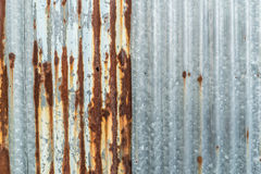 ζαρωμένο μέταλλο σκουρι Στοκ Εικόνες