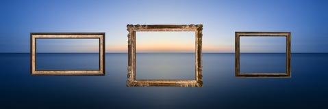 Ζαλίζοντας μακροχρόνια seascape έκθεσης εικόνα του ήρεμου ωκεανού στο ηλιοβασίλεμα Στοκ Εικόνες