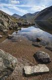 Ζαλίζοντας τοπίο των αιχμών περιοχής νερού και λιμνών Wast στο SUMM Στοκ εικόνα με δικαίωμα ελεύθερης χρήσης