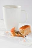 Ζεστά ποτό και κέικ Στοκ φωτογραφία με δικαίωμα ελεύθερης χρήσης
