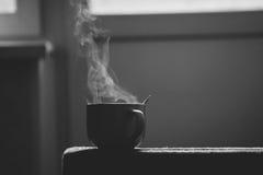 Ζευγάρια ενός μεγάλου φλιτζανιού του καφέ στοκ φωτογραφία