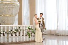ζευγάρι παντρεμένο πρόσφατα Στοκ Εικόνες