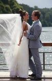 ζευγάρι παντρεμένο πρόσφατ στοκ εικόνα με δικαίωμα ελεύθερης χρήσης