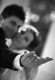 ζευγάρι παντρεμένο πρόσφα&tau Στοκ Φωτογραφίες