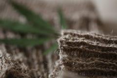 Ζευγάρι του υφάσματος ινών κάνναβης καλτσών στοκ φωτογραφία με δικαίωμα ελεύθερης χρήσης