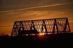 Ζευκτόντα ηλιοβασιλέματος και στεγών Στοκ φωτογραφίες με δικαίωμα ελεύθερης χρήσης