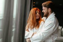 Ζεύγος που απολαμβάνει το Σαββατοκύριακο wellness Στοκ φωτογραφίες με δικαίωμα ελεύθερης χρήσης