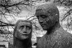 Ζεύγος που προσεύχεται για την ειρήνη Στοκ εικόνες με δικαίωμα ελεύθερης χρήσης