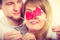 Ζεύγος που τυφλώνεται από την αγάπη τους Στοκ εικόνα με δικαίωμα ελεύθερης χρήσης
