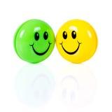Ζεύγος των ζωηρόχρωμων smileys Στοκ εικόνα με δικαίωμα ελεύθερης χρήσης