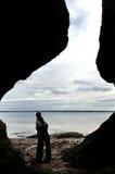 ζεύγος hopewell που αγκαλιάζ&epsilon Στοκ φωτογραφία με δικαίωμα ελεύθερης χρήσης