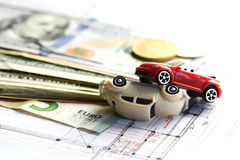 Ζημία ατυχήματος αυτοκινήτων, χρήματα και σύμβαση ασφαλιστήριων συμβολαίων στοκ εικόνα