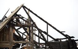 Ζημία πυρκαγιάς στεγών, ασφάλεια της κατοικίας στοκ εικόνες με δικαίωμα ελεύθερης χρήσης