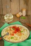 Ζυμαρικά με τη σάλτσα ντοματών Στοκ εικόνες με δικαίωμα ελεύθερης χρήσης