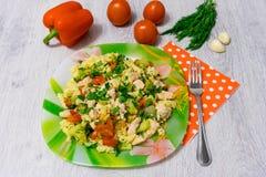 Ζυμαρικά με το κοτόπουλο και το μπρόκολο Στοκ φωτογραφία με δικαίωμα ελεύθερης χρήσης