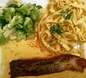 Ζυμαρικά μπρόκολου Sause ψαριών Στοκ Εικόνα