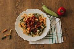 Ζυμαρικά της Penne με το arrabiata σάλτσας τσίλι Στοκ φωτογραφία με δικαίωμα ελεύθερης χρήσης
