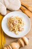 ζυμαρικά fettuccini με τις γαρίδες Στοκ Εικόνα