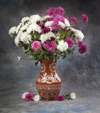 1 ζωή ακόμα Λουλούδι ανθοδεσμών φθινοπώρου Στοκ εικόνες με δικαίωμα ελεύθερης χρήσης