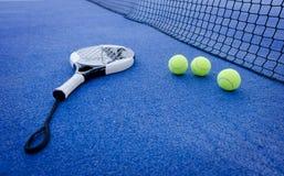 Ζωή αντισφαίρισης κουπιών ακόμα στοκ φωτογραφία με δικαίωμα ελεύθερης χρήσης