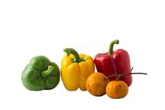 Ζωή φρούτων και λαχανικών μιγμάτων ομάδας ακόμα στο απομονωμένο άσπρο υπόβαθρο Στοκ Εικόνες