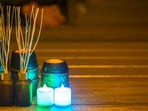 Ζωή SPA ακόμα με τα αρωματικά κεριά, την επίλεκτη και μαλακή εστίαση Στοκ εικόνες με δικαίωμα ελεύθερης χρήσης
