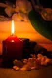 Ζωή SPA ακόμα με το κάψιμο του κεριού Στοκ Φωτογραφία