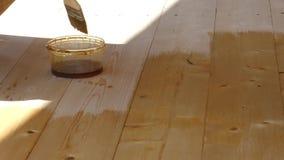 Ζωγράφος ή ξυλουργός στην εργασία φιλμ μικρού μήκους