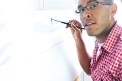 ζωγραφική αγοριών εφηβικ Στοκ φωτογραφία με δικαίωμα ελεύθερης χρήσης