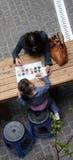 ζωγραφική μητέρων κορών Στοκ Φωτογραφία