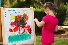 Ζωγραφική μικρών κοριτσιών Στοκ Φωτογραφία