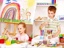 Ζωγραφική παιδιών easel. Στοκ Φωτογραφία