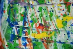 Ζωηρά ζωηρόχρωμα σημεία που χρωματίζουν το κέρινο αφηρημένο υπόβαθρο watercolor Στοκ Φωτογραφίες