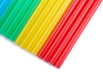 Ζωηρόχρωμα άχυρα κατανάλωσης για το υπόβαθρο χρώματος στοκ εικόνες