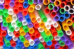 ζωηρόχρωμα άχυρα κατανάλω&si Στοκ Φωτογραφίες