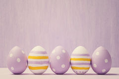 ζωηρόχρωμα αυγά Πάσχας αυγά Πάσχας ανασκόπησης Στοκ Φωτογραφία