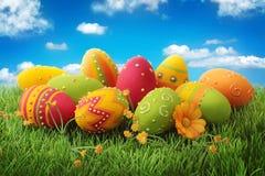 ζωηρόχρωμα αυγά Πάσχας Στοκ Φωτογραφία