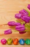 Ζωηρόχρωμα αυγά Πάσχας. Στοκ Εικόνες